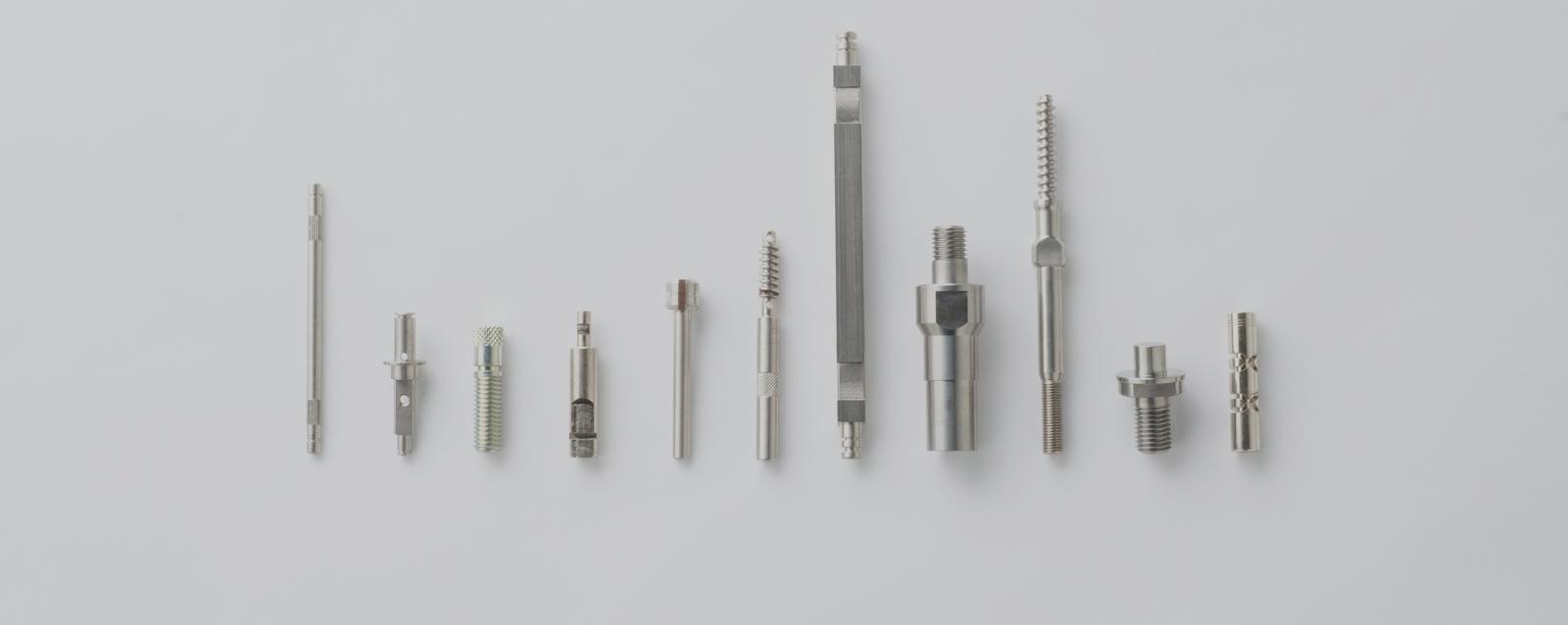 CNC複合自動旋盤の切削